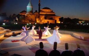 برگزاری مراسم شب عروس به مناسبت سالگرد وفات مولانا