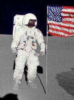 ۵۰ سال پیش: انسان بر ماه