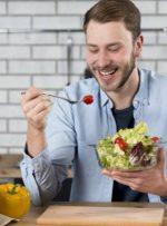 زمان مناسب صرف سالاد قبل غذاست یا بعد غذا ؟