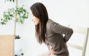 بیماریهای شایع لگنی در زنان؛ از دیسمنوره تا آندومتریوز