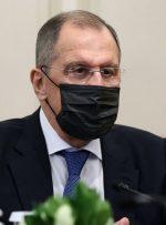 پاسخ لاوروف به احتمال اخراج دیپلماتهای روسیه از آمریکا