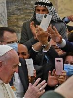 پاپ عراق را ترک کرد