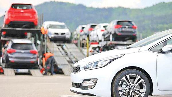 آخرین خبر از آزادسازی واردات خودرو/ حباب قیمت خودروهای وارداتی تخلیه میشود؟