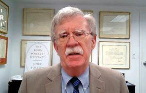 ابراز نگرانی بولتون از گسترش روابط تجاری اروپا و چین