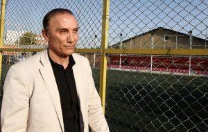 استقلال و پرسپولیس باید حق فوتبال ایران را بگیرند