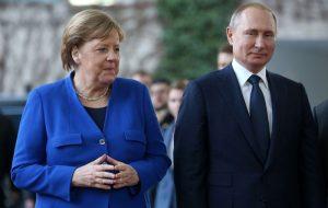 درخواست مرکل از پوتین برای کاهش نیروها در مرز اوکراین