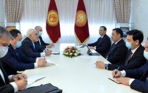 قدردانی رئیسجمهور قرقیزستان از ایران در دیدار با ظریف