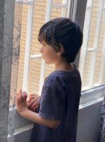 سنگینی سقف چهاردیواریها بر سر کودکان!