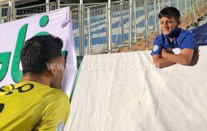 استقبال گرم از کودک خبرساز استقلالی/عکس