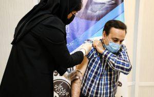 دیروز بیش از ۴۰۰ هزار دوز واکسن تزریق شد