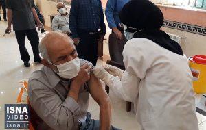 ویدئو / واکسیناسیون افراد بالای ۵۰ سال در بیرجند
