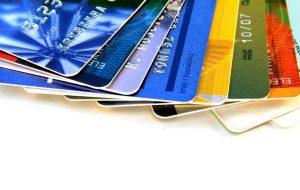 ۳.۳کارت بانکی به ازای هر نفر در کشور / تجمیع کارت ها، تنوع محصولات بانکی را کاهش می دهد