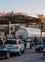 بحران سوخت در انگلیس/ چاقوکشی در صفهای پمپ بنزین