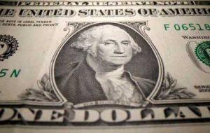 ردیابی دلار آمریکا در مقایسه با بانک مرکزی اروپا ، بالاتر از یک هفته است
