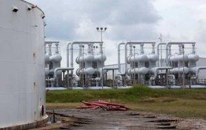 نفت به دلیل ترس از اختلال در عرضه آمریکا از طوفان نیکلاس 6 هفته به بالاترین حد خود رسید