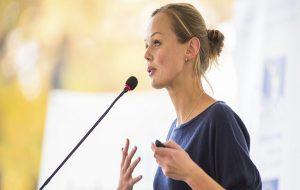 بیان آوایی تأثیرگذار در سخنرانی