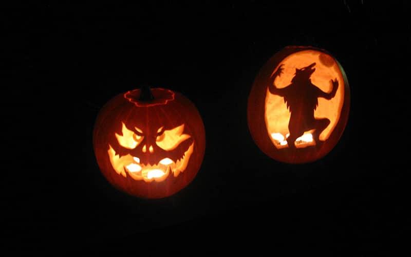 کدوتنبل هالووین به شکل شیطانی و گرگ