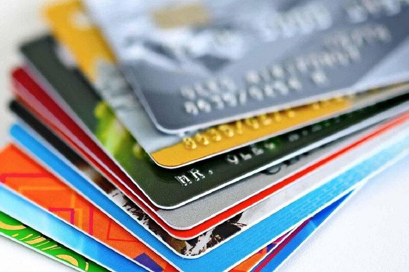 اعطای کارت اعتباری یارانه به افراد کم درآمد / واردات کالاهای اساسی با ارز نیمایی