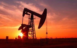 با توجه به تمرکز بر داده های مشاغل ایالات متحده ، قیمت نفت خام 80 دلار چشم به راه می شود