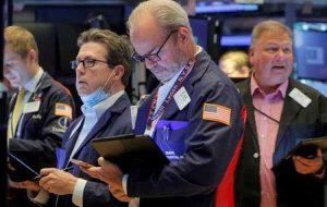سهام با افزایش رکود تورمی و کاهش قیمت انرژی افزایش می یابد