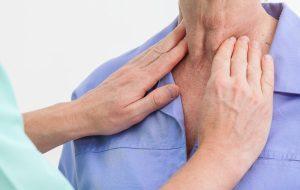 نشانههای اولیه بیماری تیروئید که زنان اغلب نادیده میگیرند