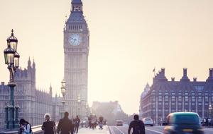 گزارش اشتغال انگلستان درهای سود کوتاه مدت پوند را باز می کند